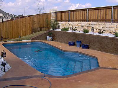国外游泳池地面工程